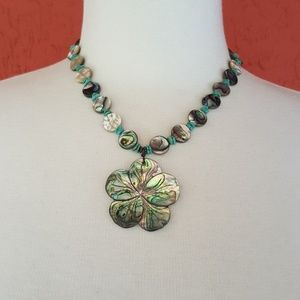 Jewelry - Abalone necklace